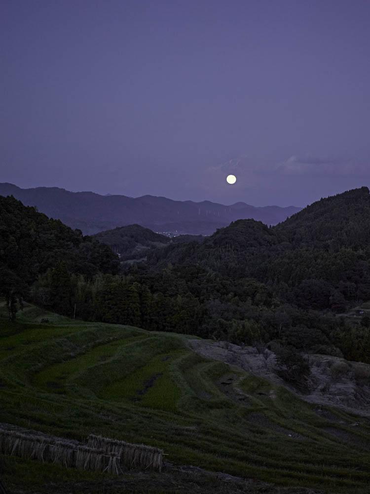 moonrise2013petit.jpg