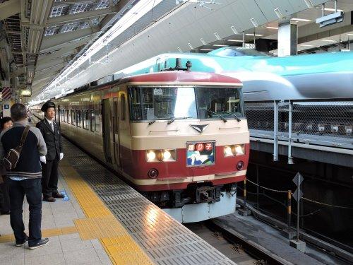 3東京駅踊り子