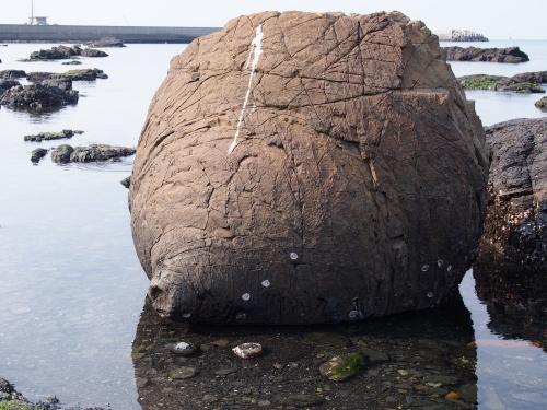 2おっぱい岩
