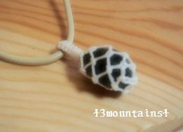 ラブラドライトの石包み (2) (300x225)