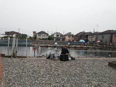 釣り堀 (3)