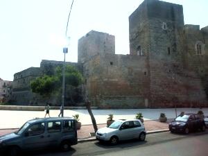 クルーズ051バーリ城壁
