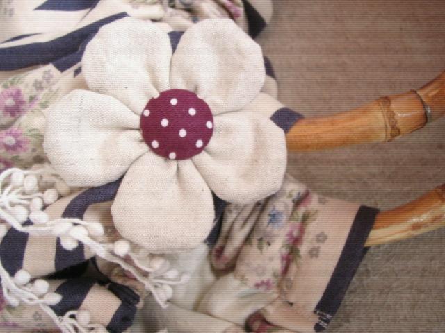 お花のブローチも作ったよ