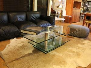 〈ロナルドシュミット〉ガラステーブル 可動式 リビングテーブル