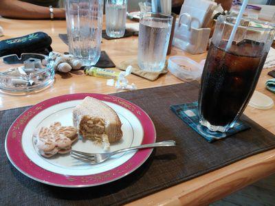 YYコーヒーとお菓子