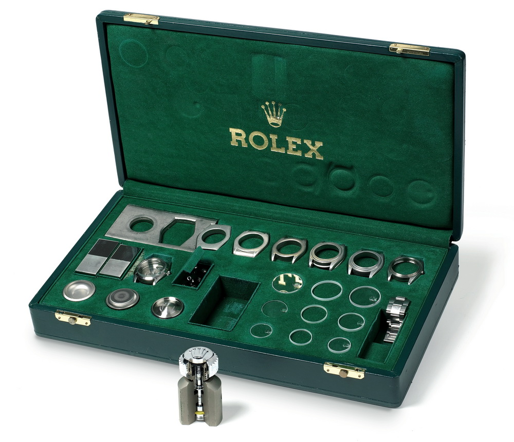 Rolex Amazing Accessories Sold At Antiquorum Auction