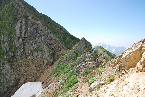 南峰の登り