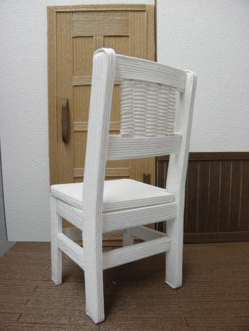 P8310491_convert_20130831221716紙バンド椅子8