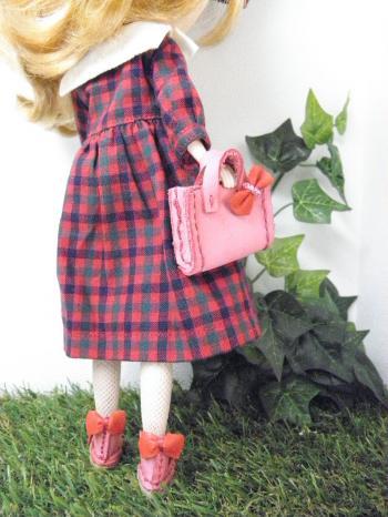 PA210172_convert_20131021135903はなさんとピンク靴3