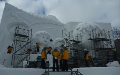 前回、製作中のちびまるこちゃん大雪像