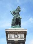 ヴェルサンジェトリクスの像