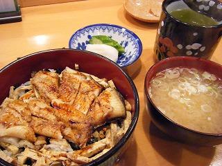寿司栄 004
