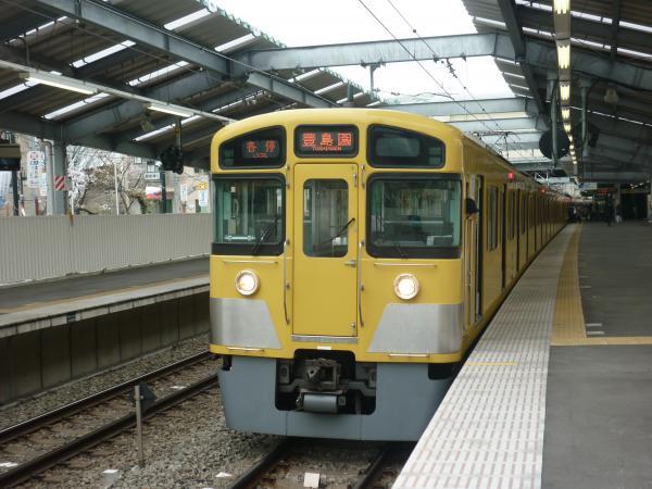 西武2085F 各停豊島園行き2 2013-03-30