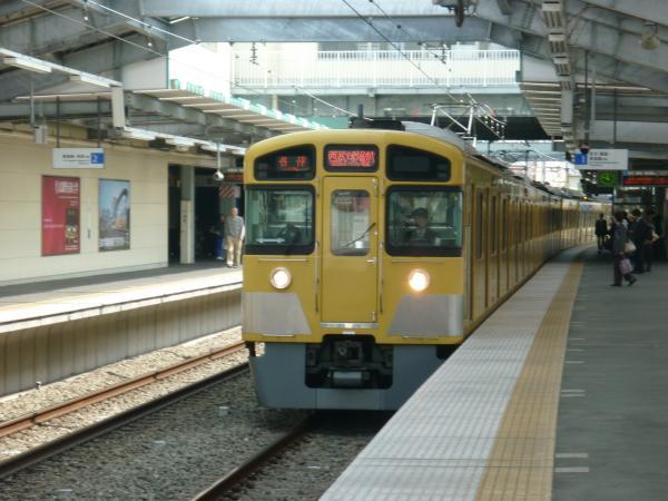 西武2085F 各停西武球場前行き 2013-04-01