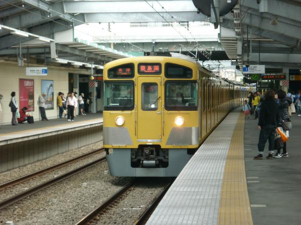 西武2085F 各停豊島園行き 2013-04-05