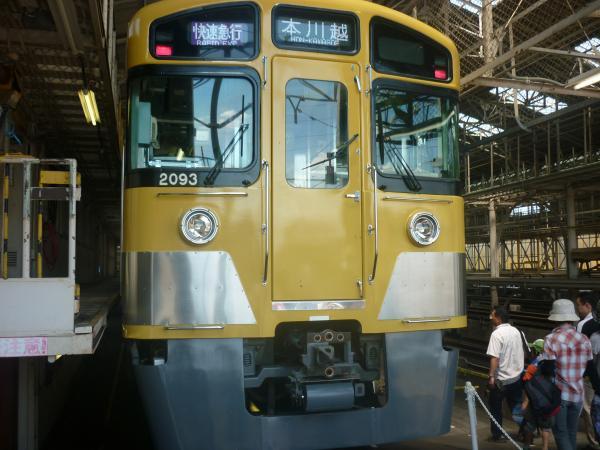 西武2093F 南入曽車両基地1 2012-08-25
