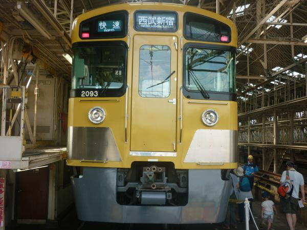 西武2093F 南入曽車両基地2 2012-08-25