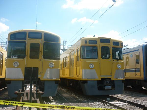 西武2047F 旧2000系 2012-08-25