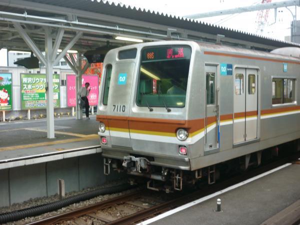 メトロ7110F 回送 2012-09-28