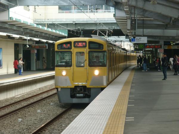 西武2087F 各停入間市行き 2012-11-03