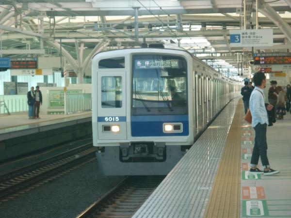 西武6115F 各停小竹向原行き 2012-11-04