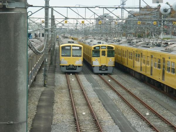 西武1303F 2501F or 2503F 2012-12-02