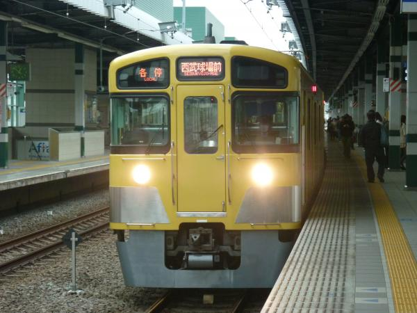 西武2087F 各停西武球場前行き4 2013-04-20
