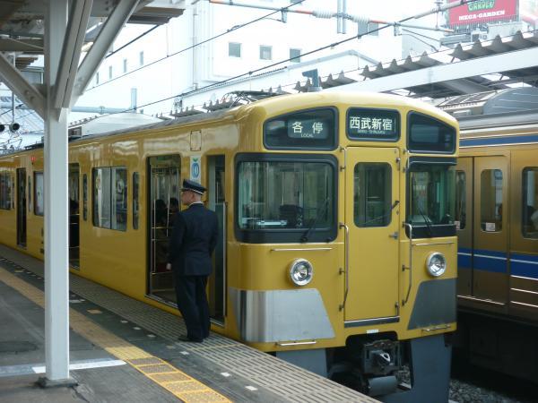 西武2507F+2517F 各停西武新宿行き3 2013-04-27