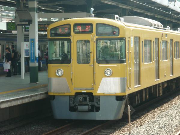 2013-05-26 西武2087F 各停所沢行き
