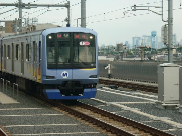 2013-06-29 Y513F 各停保谷行き