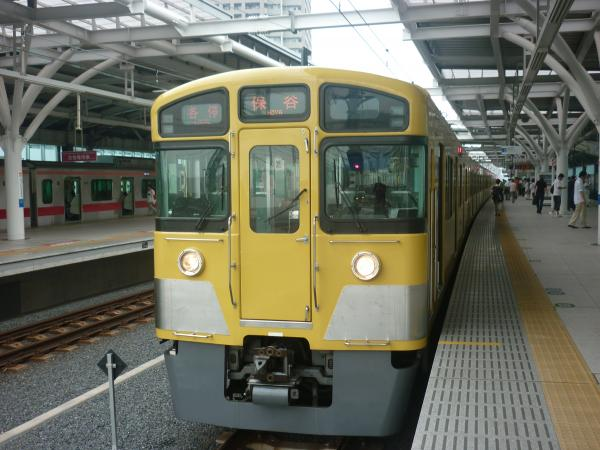 2013-07-13 西武2073F 各停保谷行き2