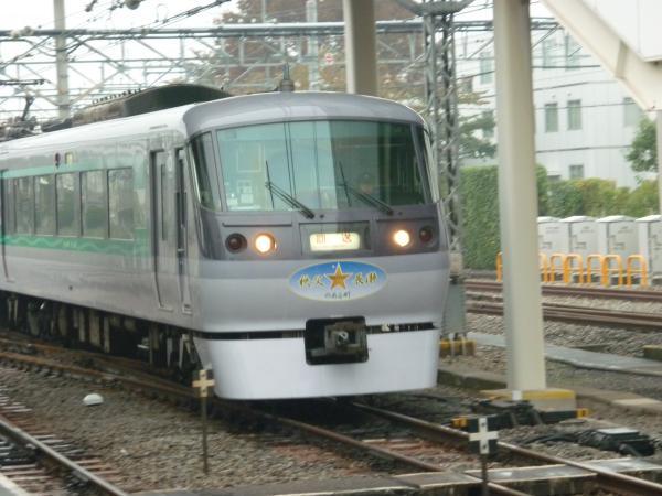 西武10107F 定期回送1 2011-11-06