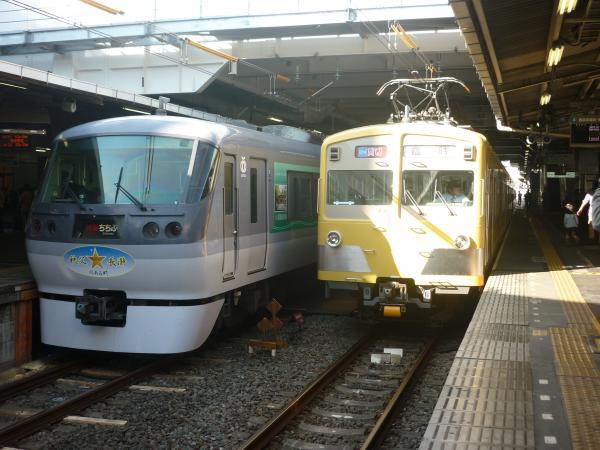 西武10107F 271F+281F 2012-10-21