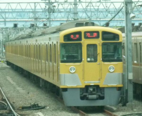 2013-07-24 西武2083F 各停池袋行き