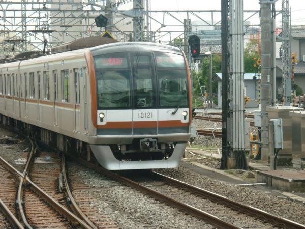 2013-08-02 メトロ10121F 快速急行元町・中華街行き