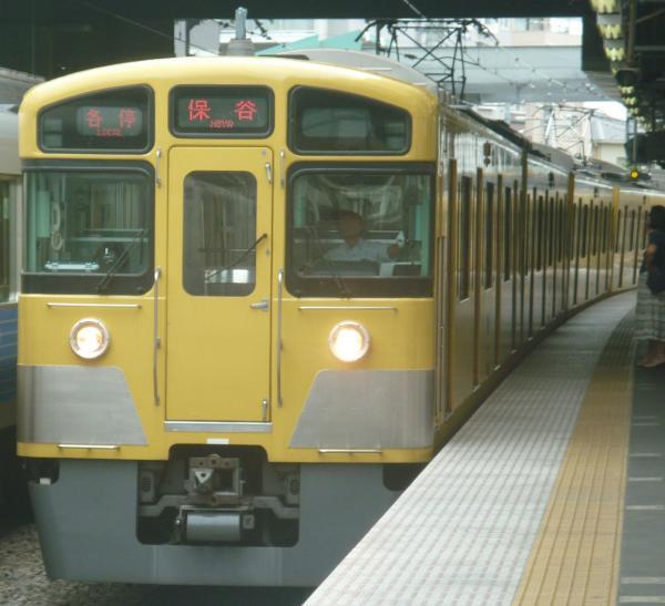 2013-08-02 西武2073F 各停保谷行き