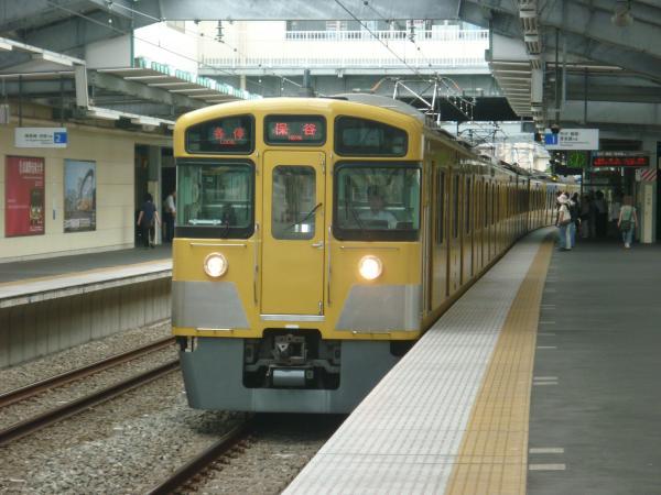 2013-08-03 西武2073F 各停保谷行き