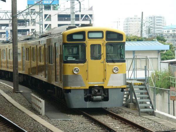 2013-08-11 西武2417F+2533F+2501F 白幕