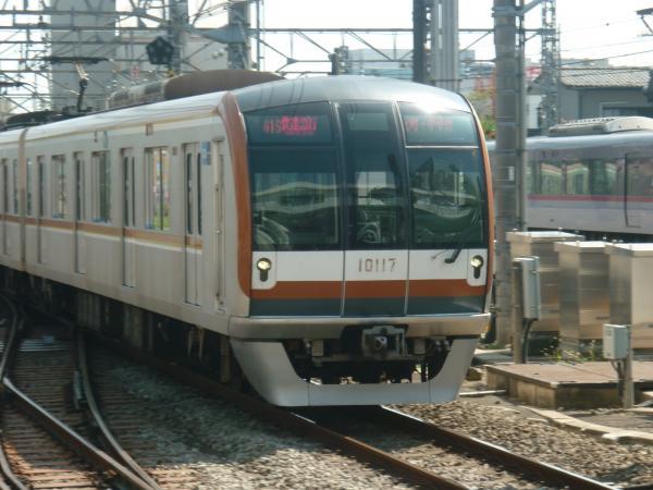 2013-08-19 メトロ10117F 快速急行元町・中華街行き