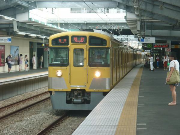 2013-08-19 西武2085F 各停所沢行き1