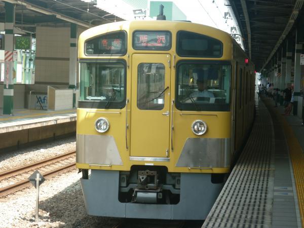 2013-08-19 西武2085F 各停所沢行き2