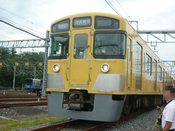 2013-08-24 西武2525F 快速急行西武新宿