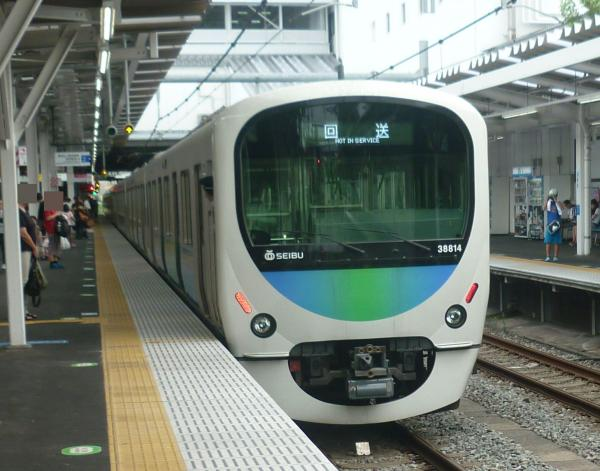 2013-08-24 西武38114F 回送3