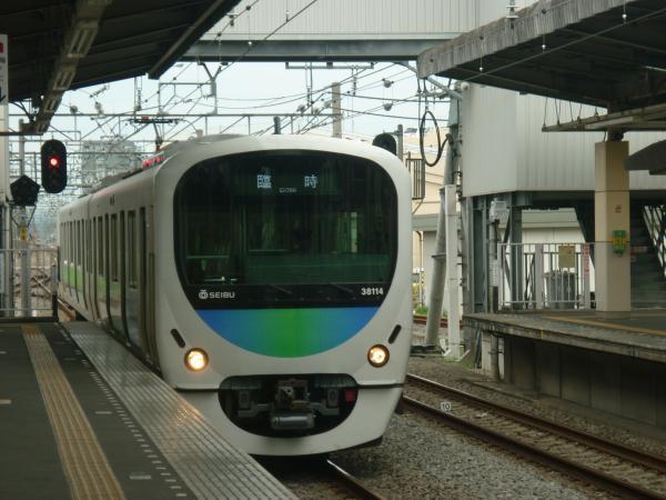 2013-08-24 西武38114F 臨時