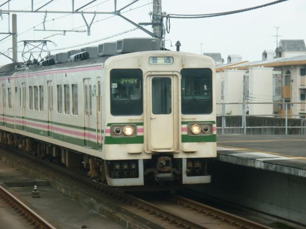 2013-08-25 髙タカ107系 高崎行き1