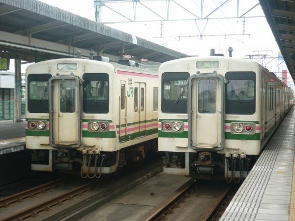 2013-08-25 髙タカ107系 高崎行き2