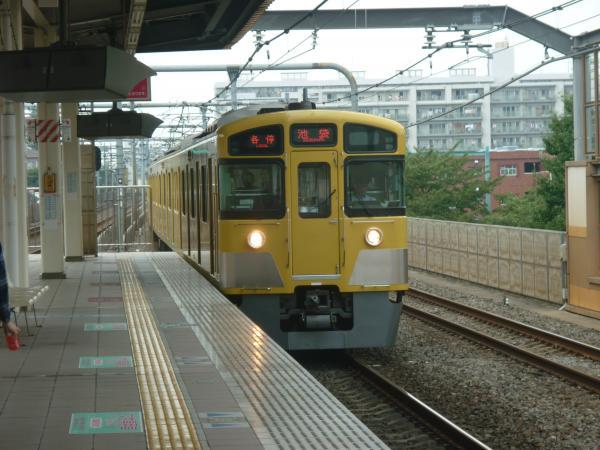2013-08-29 西武2097F 各停池袋行き