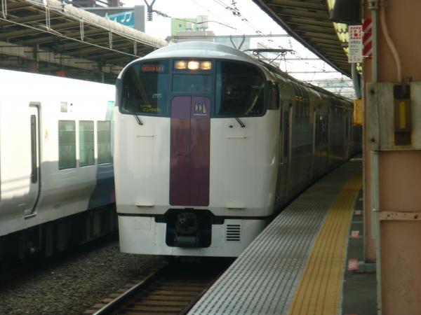2013-09-21 JR215系 ホリデー快速ビューやまなし号