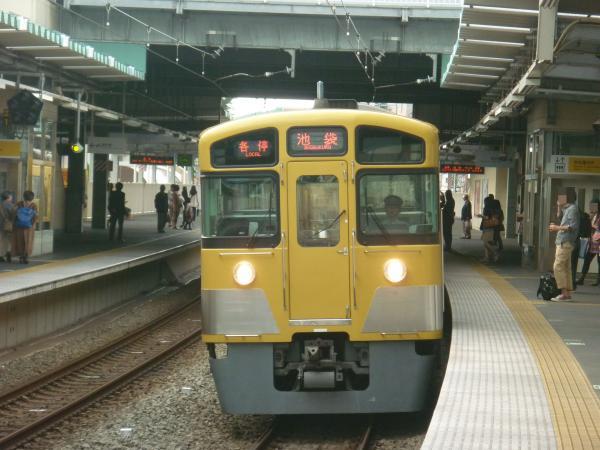 2013-09-28 西武2087F 各停池袋行き4