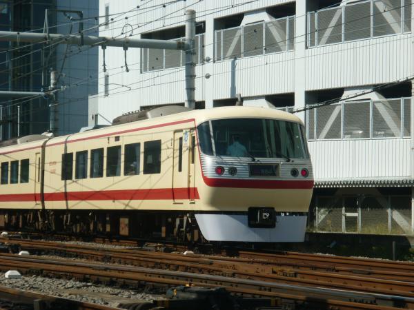 2013-09-28 西武10105F 特急池袋行き2